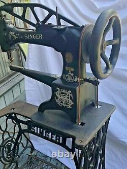 Vintage 1915inger 29-4 Industriel Cobbler Leather Treadle Sewing Machine Works