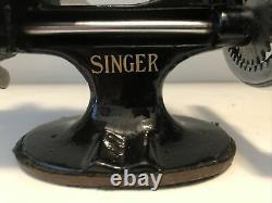 Vintage Antique Singer Modèle 20 Childs Toy Machine À Coudre Sewhandy Tsm