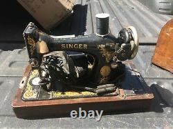 Vintage Singer Sewing Machine C1926 Beautiful Condition Pédale & Modèle De Cas #128