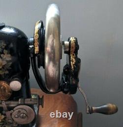 Wrap Around Hand Crane Simanco Singer Machine À Coudre Antique- Travail Restauré